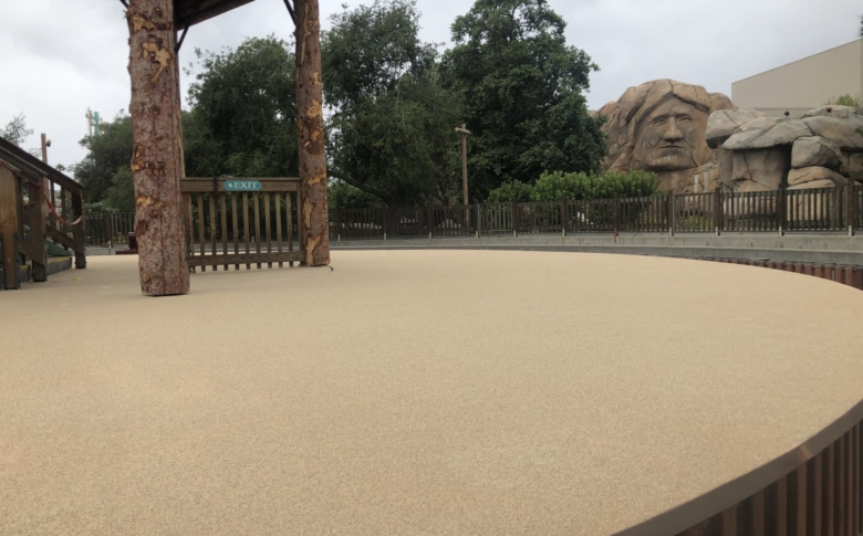 LD2000-waterproofing-system-life-deck-theme-parks-Aliphatic-Urethane-top-coat-
