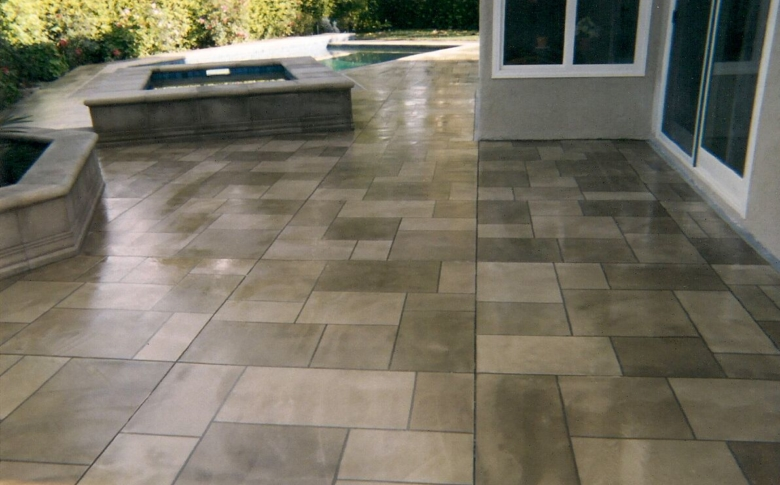 Pool Deck with Life Deck Tile Pattern with 20 Series Stain and Sealer
