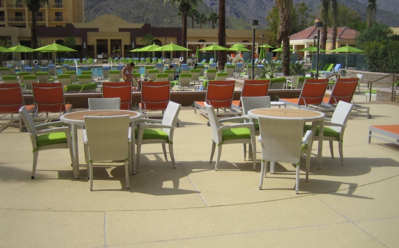 Life Deck TC System on a Hotel Pool