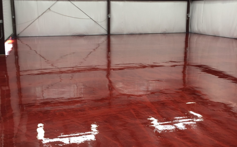 Life-Deck-metallic-Epoxy-system-warehouse-space