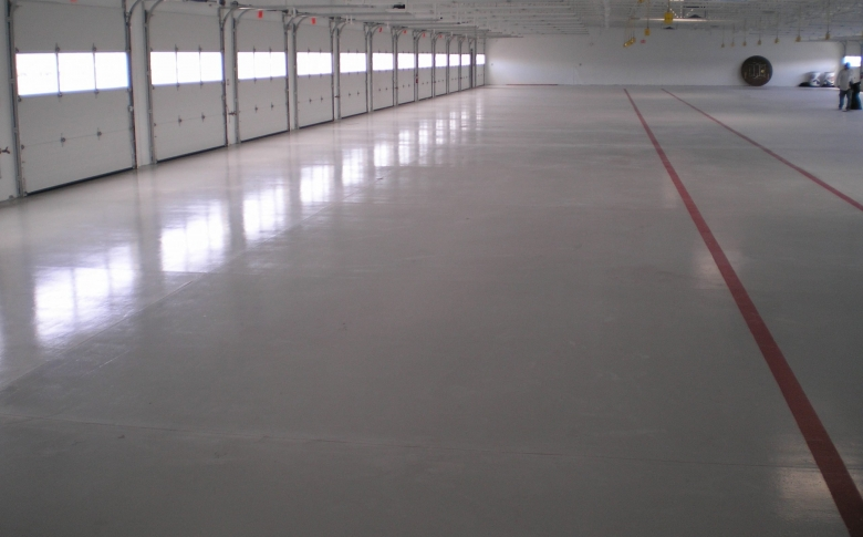 Nascar-Epoxy-Application-100_-Solids-epoxy-coatings-CRU-