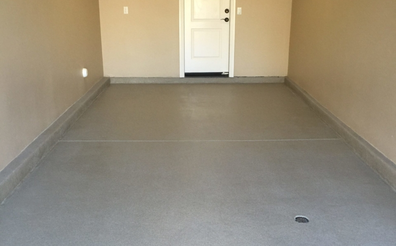 epoxy-quartz-system-in-garage