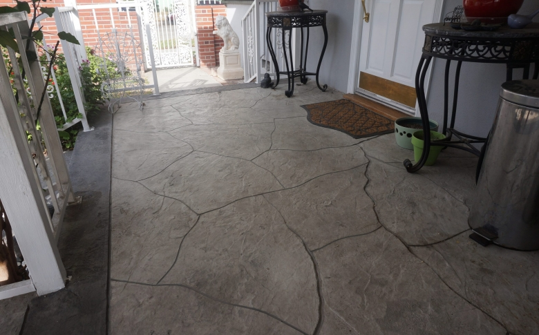 Life Deck Flagstone Overlay with 20 series concrete stain