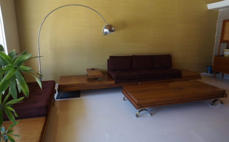 interior-flooring-living-space-chip-system-urethane-top-coat