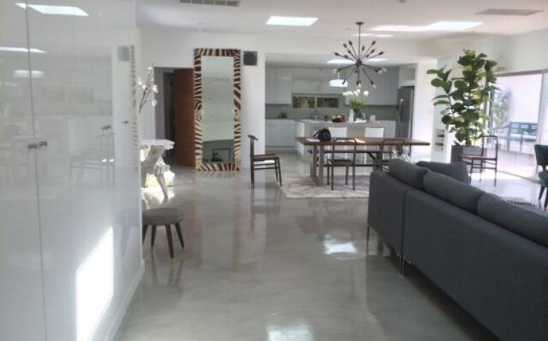 metallic-epoxy-system-interior-design-custom-homes
