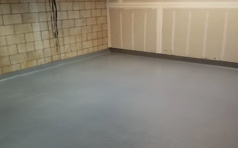 Life-Deck-Quartz-epoxy-basement