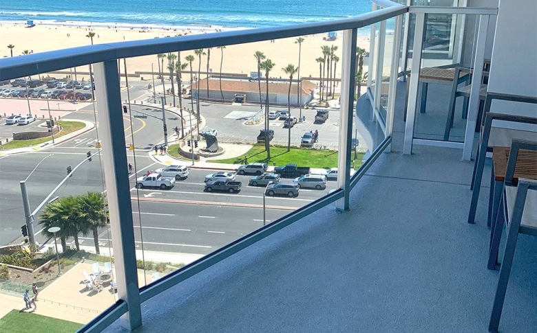 AL-Flex Balcony, Orange County Hotel