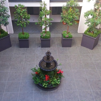 MC Waterproofing System with Planters - Avenue of the Stars_reduced